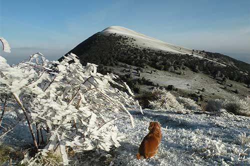 La prima neve sui monti di Acquaviva.